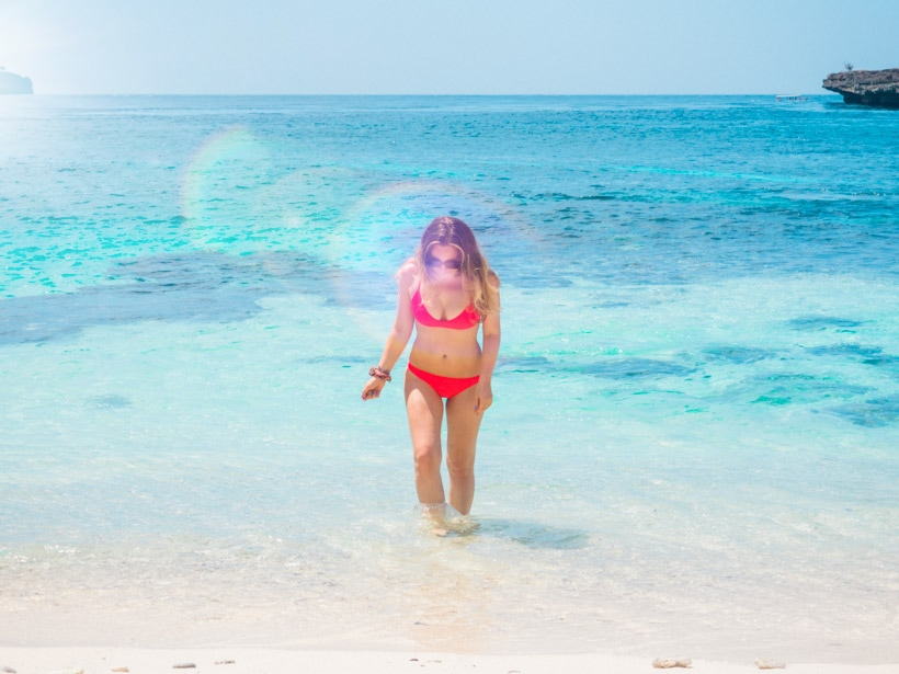 Bali Nusa Ceningan Secret Beach Girl