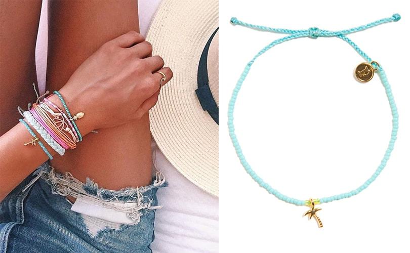 10 gift ideas for travel girls - Pura Vida bracelets