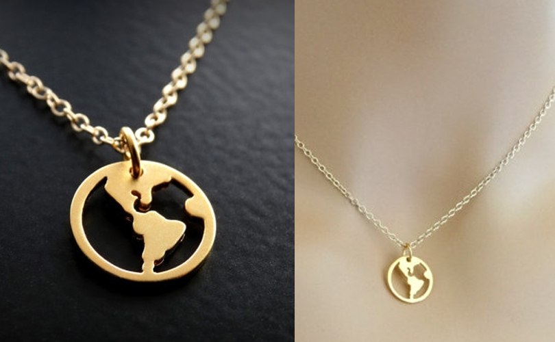 10 gift ideas for travel girls - Gold world map necklace