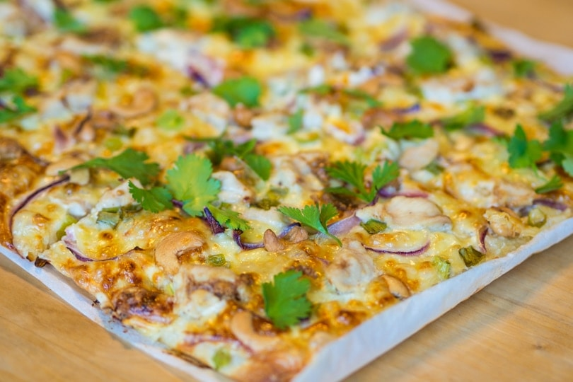 Delicious thai inspired chicken pizza recipe