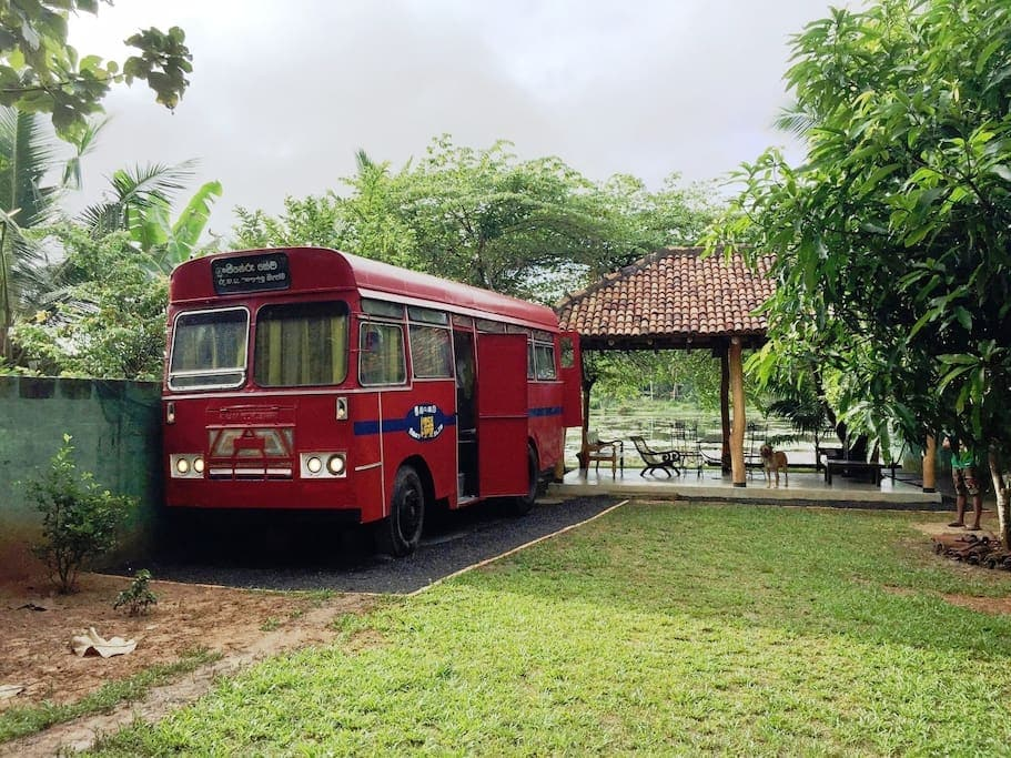 7 best and affordable Sri Lanka Airbnbs - Tangalle vintage bus