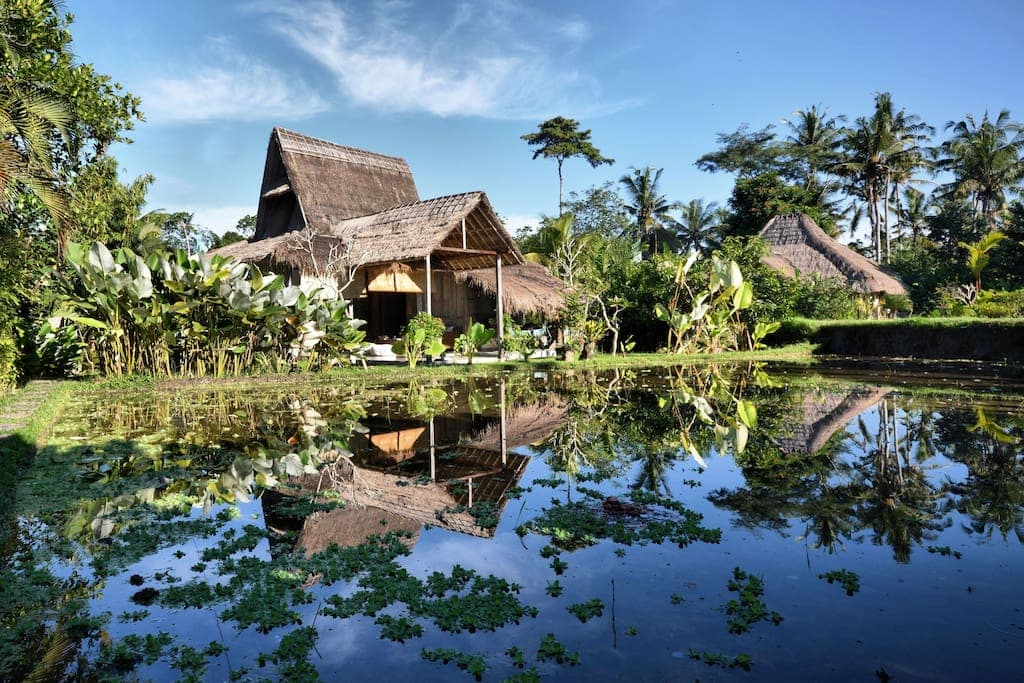 7 unique & affordable Bali Airbnbs