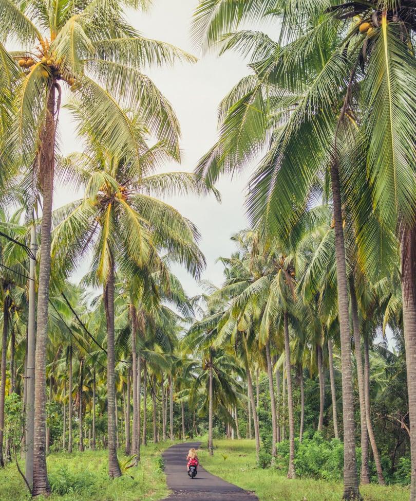 Nusa Penida visual travel guide - Indonesia beyond Bali - Crystal Bay