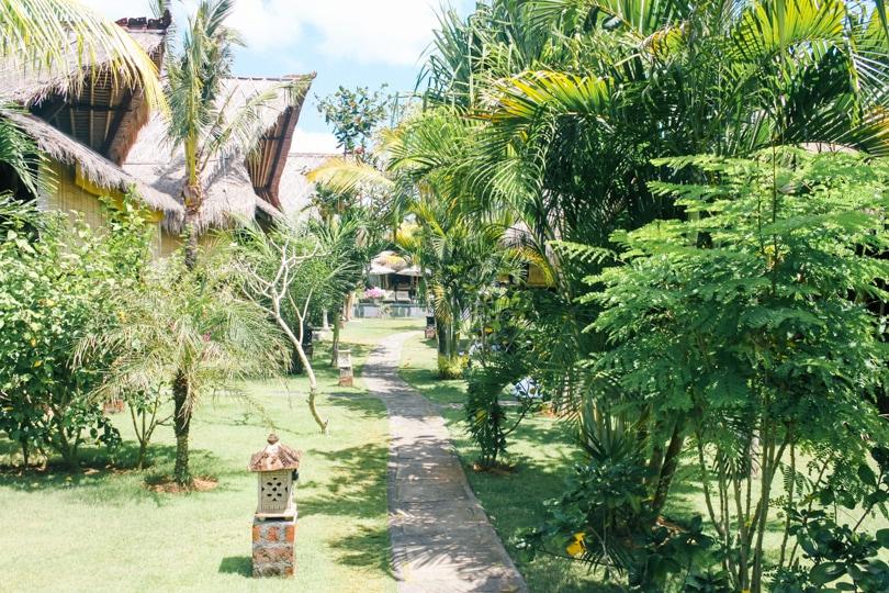 Top 5 best beaches in Bali, Indonesia - Flower bud Bungalows Balangan Beach