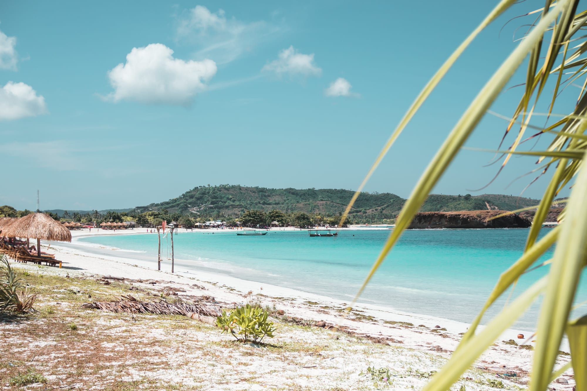 Tanjung Aan the best beach in Lombok - Before/after Lightroom presets