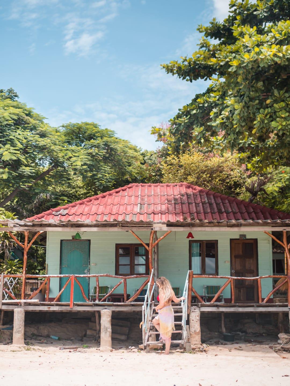 Koh Samet, Thailand - Apache beach bungalows