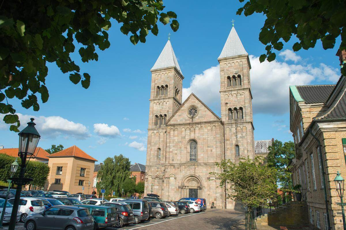 3 awesome day trips from Aarhus - Viborg Cathedral
