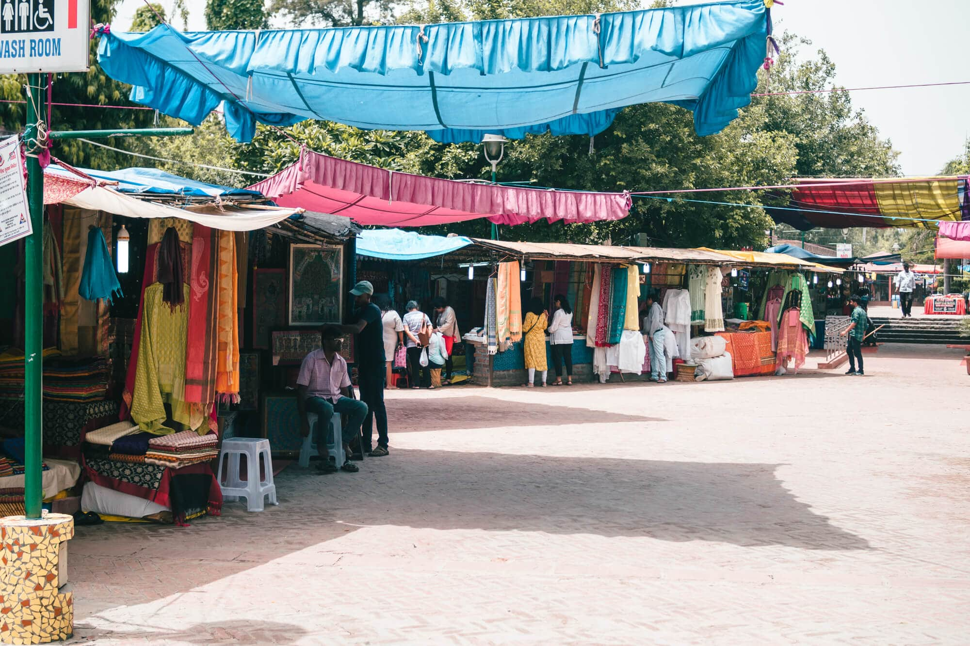 A first timer's guide to Delhi, India - Dilli Haat the best market