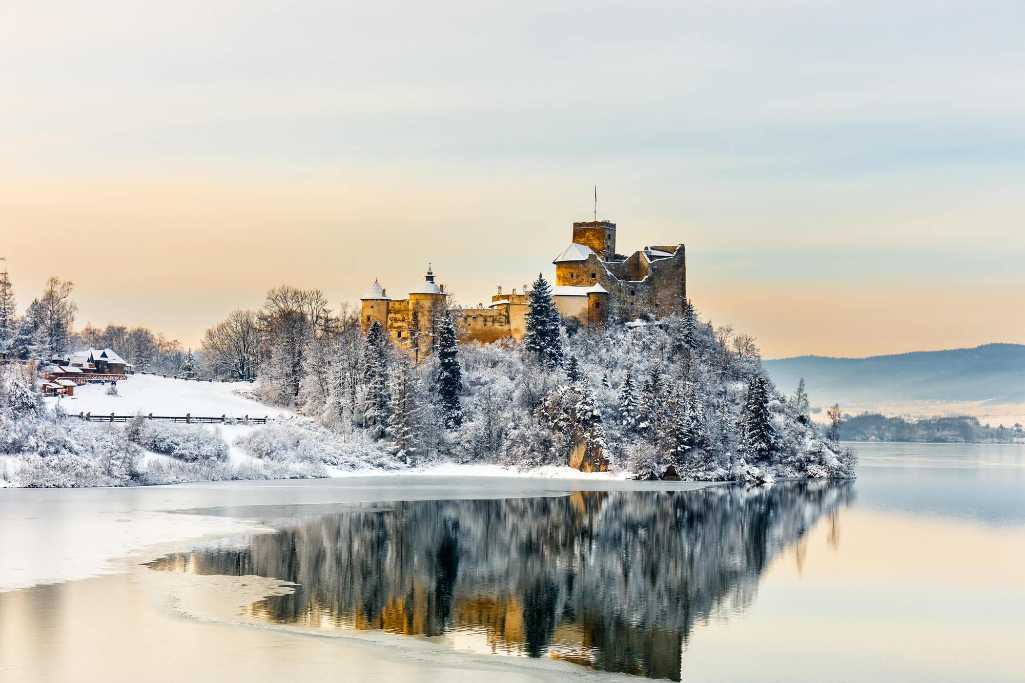 12 of the most beautiful castle in Poland you should add to your bucket list - Niedzica Castle