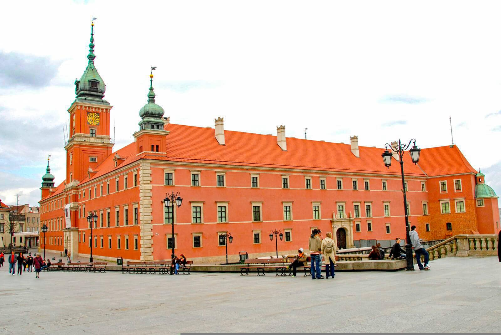 12 of the most beautiful castle in Poland you should add to your bucket list - Warsaw Royal Castle