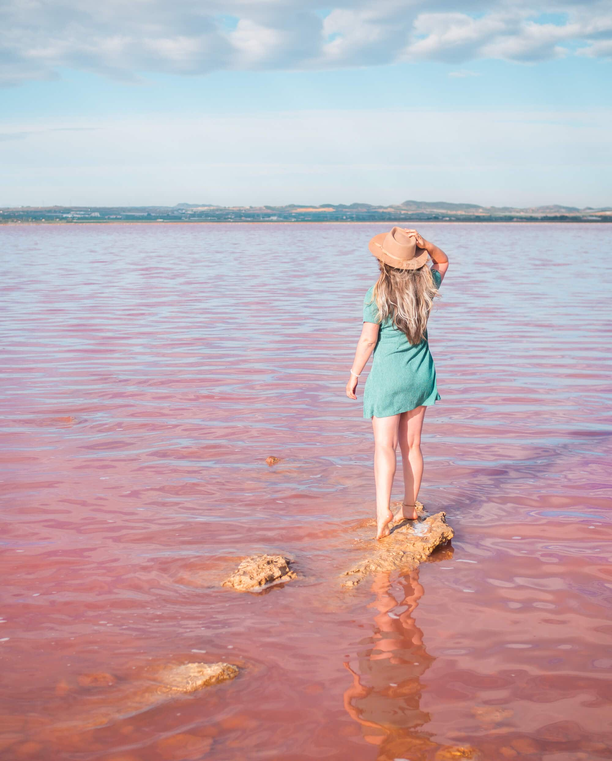Laguna Salada de Torrevieja - A pink salt lake in Torrevieja, Spain #bucketlist #travelinspo #spain #torrevieja #pinklake