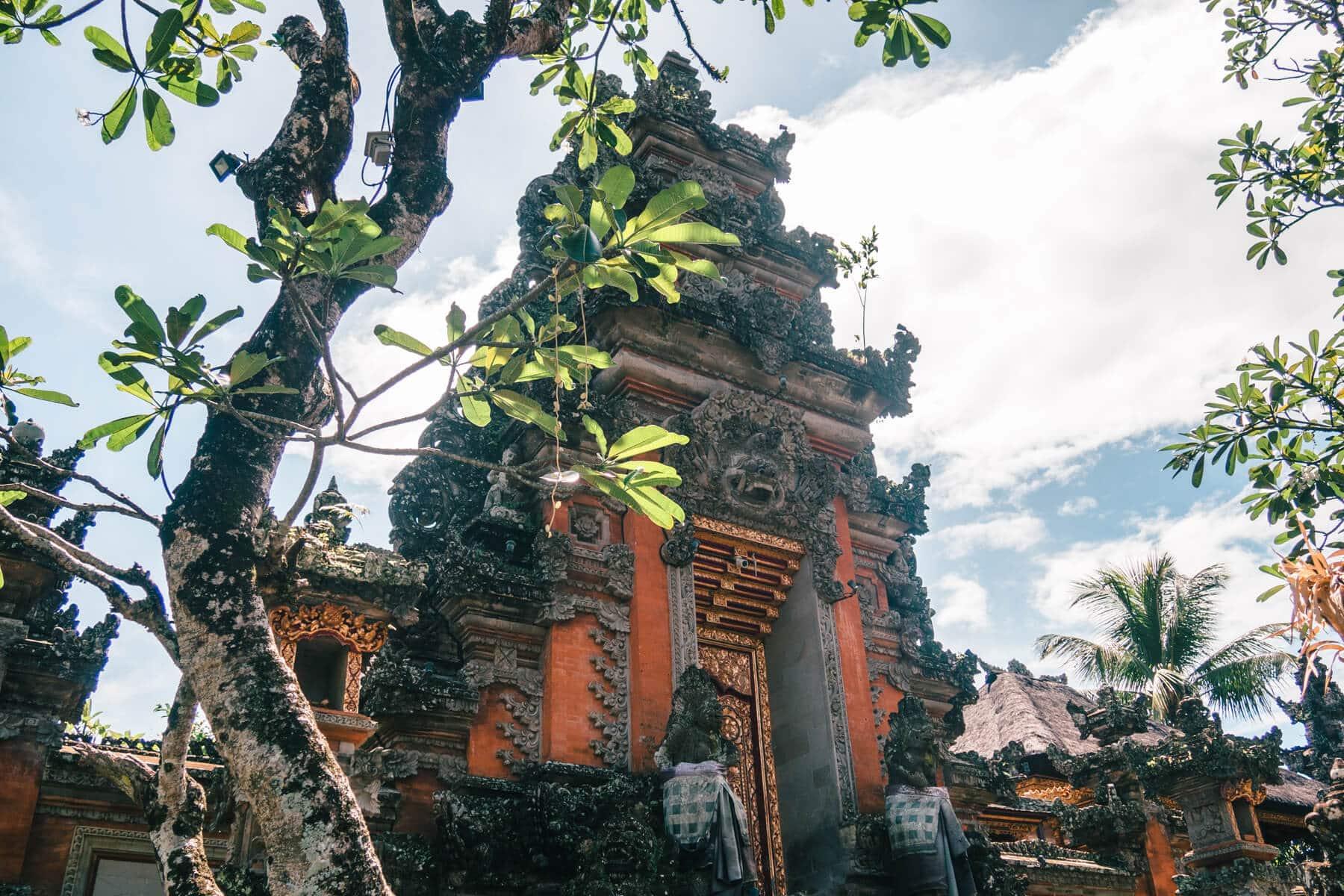 Island Life #4 - Ubud Palace