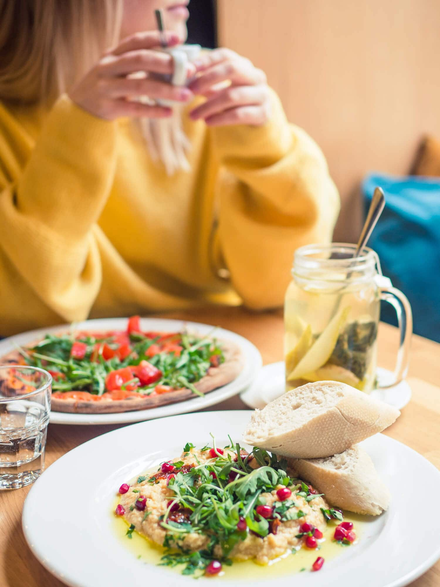 2 days in Gdansk, Poland - Hummus and pizza for breakfast at Sapore Italian Restaurant