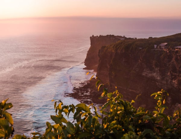 The ultimate 2 week Bali itinerary - Sunset at Karang Boma Cliff in Uluwatu