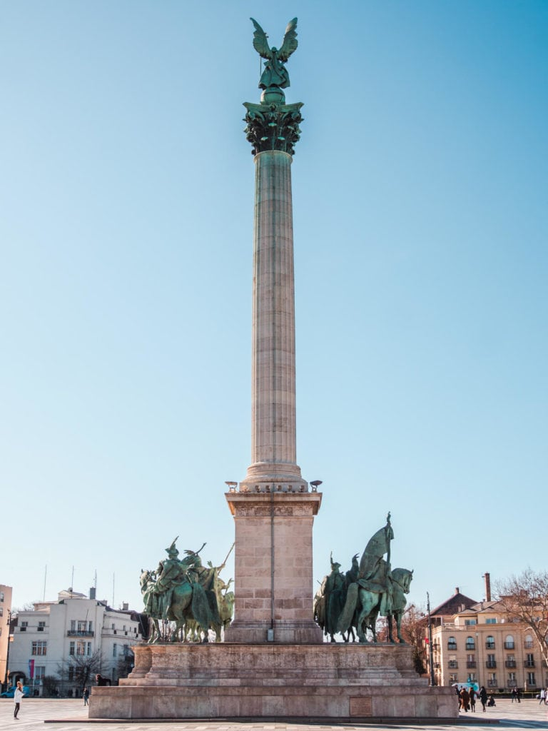 Budapest Instagram photo guide - Hero Square