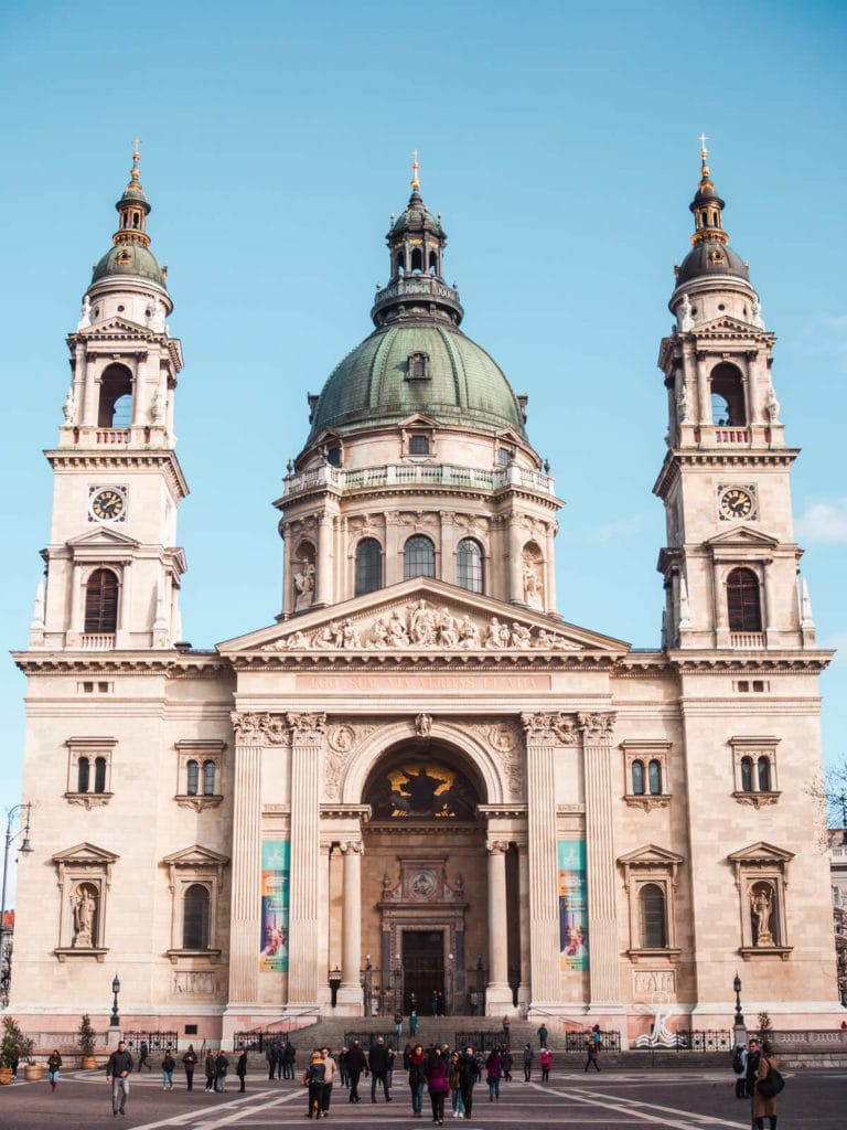 Budapest Instagram photo guide - St. Stephen's Basilica